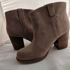 Splendid Western style Suede Boots size 7M